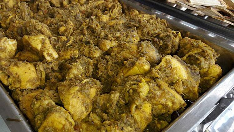 Ayam Betutu Masakan Khas Bali